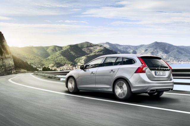 alb_53_56_2014-Volvo-S60-V60-XC60-12%5B2%5D.jpg